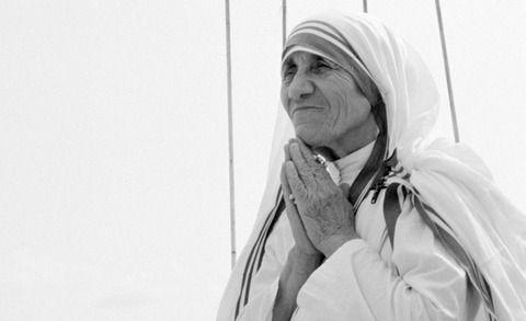 【衝撃事実】マザーテレサのサイコパスエピソード…マジかよこれ…