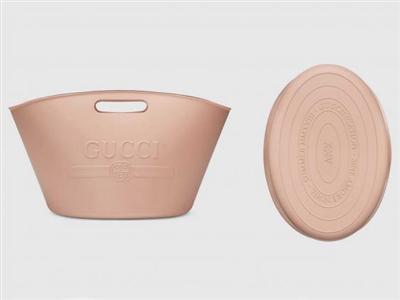 GUCCIの最新バッグが日本でバカ売れwuwuwuwuwuwu