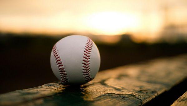 野球のルールを知らない漫画家が増える