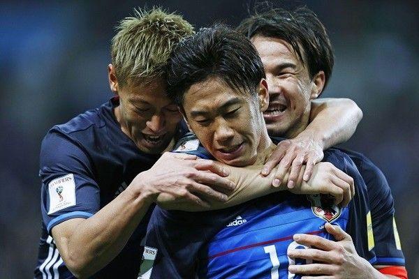 日本代表での香川、本田、岡崎の並べ方ってどれがベスト?
