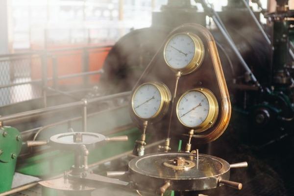 工場(圧力計)