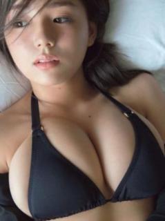 レジェンドグラドル篠崎愛「激変のスタイル披露」YouTubeで再ブレイクへ