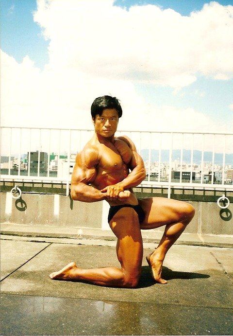 Bigtoe Sidechest1995A