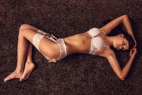 sexy-1175374__340