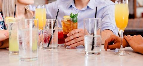 cocktails-1149171__340
