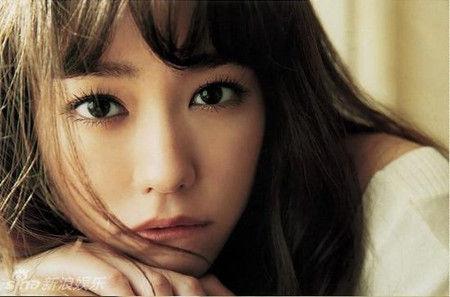 【悲痛...】桐谷美鈴、ヤバ過ぎて放送禁止へ・・・異常事態になってた・・・のサムネイル画像