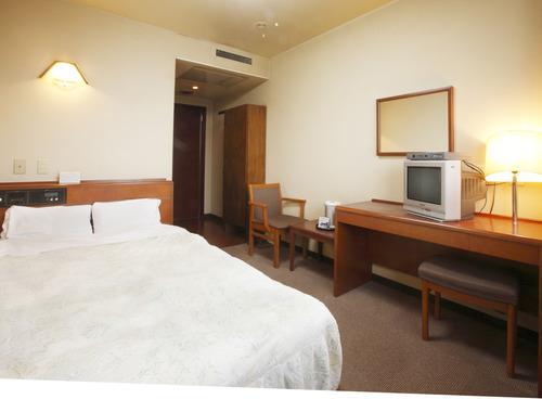 【悲報】99.9%の男がビジネスホテルに泊まったらする事wwwwアウトだろwwwwのサムネイル画像