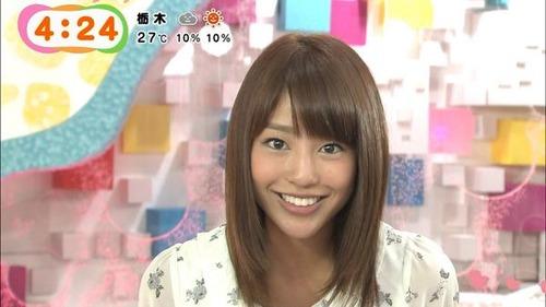 【画像】岡副麻希アナ、刺激的なハプニングを連発するwwwwwのサムネイル画像