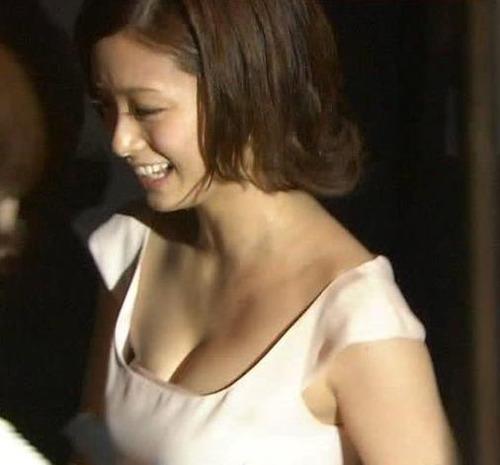 【超朗報】上戸彩さん(Gカップ)、ついに解禁wwwwwwのサムネイル画像