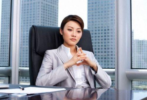 女上司「仕事中ボッキしたらどうするの?ww」って聞いてきたからwwwwwwのサムネイル画像