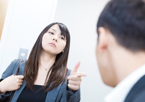 大卒女上司「残業してね♥」→結果wwwwwwのサムネイル画像