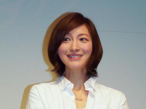 【悲報】広末涼子さん、子供に「あの件」を聞かれ困惑wwwwアカンwwwwのサムネイル画像