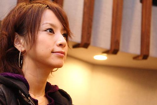 【悲報...】妊娠5ヵ月の鈴木亜美がやらかして・・・今ガチでヤバイ事に・・・のサムネイル画像