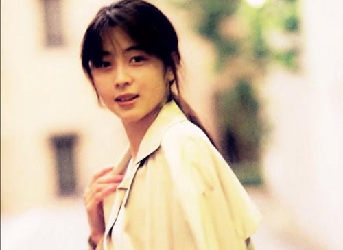 【悲報】ZARD・坂井泉水(享年40)、創作ノートには.....のサムネイル画像