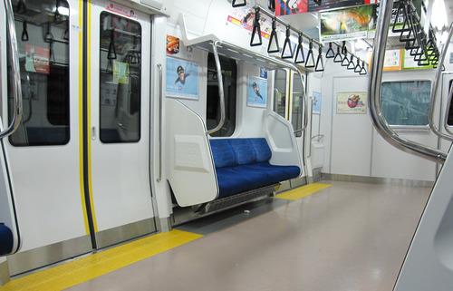 【超衝撃】電車の中で「xvideos」見てたらwwwwwwのサムネイル画像