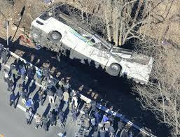 【超悲報】バス事故の生存者が今、ガチでヤバイ事になってる件・・・・のサムネイル画像