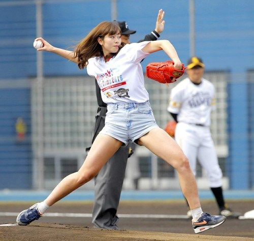 【超悲報】稲村亜美さん、干された理由がヤバイ・・・・のサムネイル画像