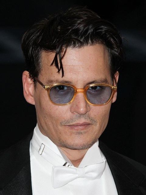 ジョニー・デップ、映画の主演作の興行不振は「知ったこっちゃない」(身長などプロフィールあり)のサムネイル画像