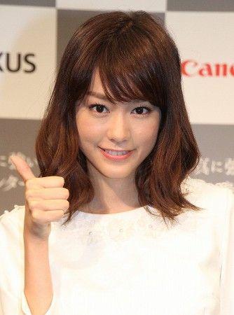 桐谷美玲が、パンツ丸見えでエッロ過ぎな件wwwガチで抜けるwwwww(※画像)のサムネイル画像