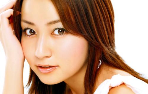【画像】矢田亜希子(39)「こんなオバサンでいいの?❤」のサムネイル画像