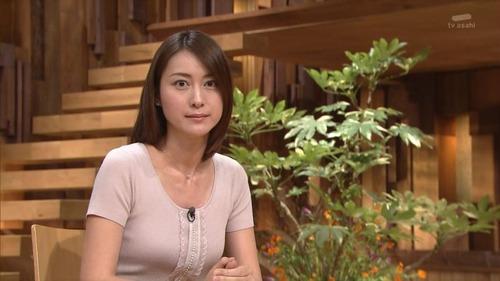 【超悲報】小川彩佳アナ(32)、年内結婚のお知らせ!!!!!のサムネイル画像