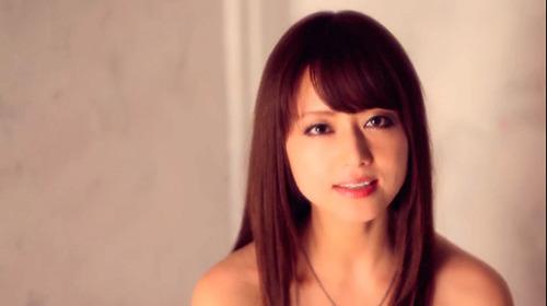 【画像】吉沢明歩(20) VS 吉沢明歩(36) →→→ 結果!!!!のサムネイル画像