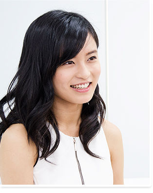 【超悲報】小島瑠璃子さん(22)、姿を消す・・・・のサムネイル画像