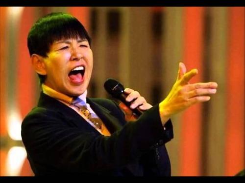 【衝撃的】和田アキ子、NHK紅白にブチギレwwwwアカンwwwwwのサムネイル画像