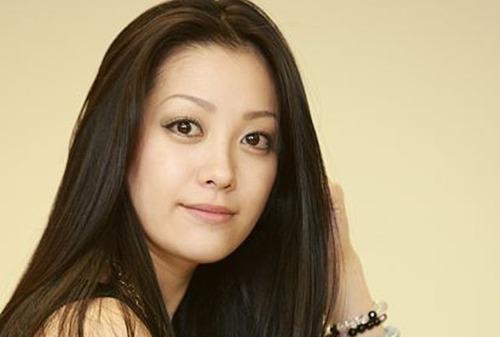【悲報...】小向美奈子さん、もう狂気しか感じない....完全にアウト.....のサムネイル画像