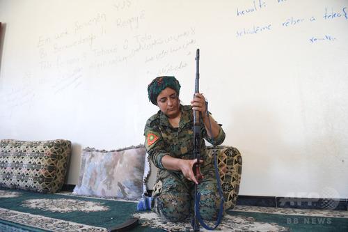 【衝撃画像】元ISの性ドレイの女がコチラ・・・・・のサムネイル画像