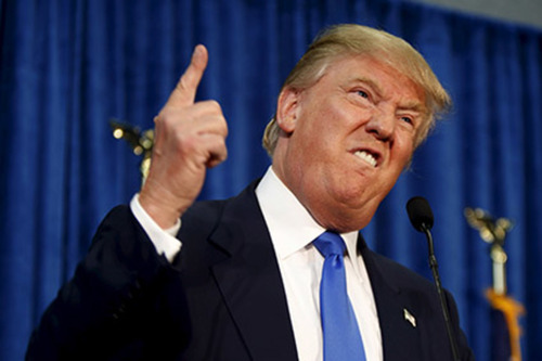 【緊急】トランプさん、もう狂気しか感じない....完全にアウトだろ....(※衝撃画像)のサムネイル画像