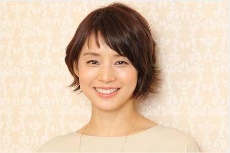 【画像】石田ゆり子さん、おパンツがセクシー過ぎるwwwwwwwのサムネイル画像