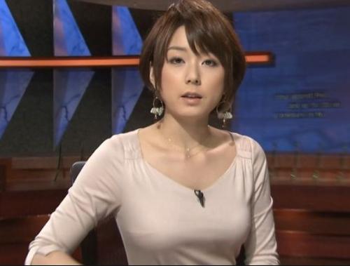 【超悲報】カーセックス不倫 秋元優里アナ(34)、末路がヤバイ・・・・のサムネイル画像