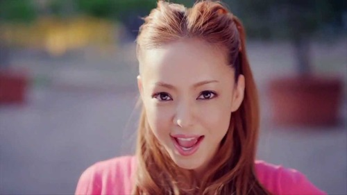 【狂気】安室奈美恵さんが、ガチギレ!!!!今ヤバイ事に!!!!!のサムネイル画像