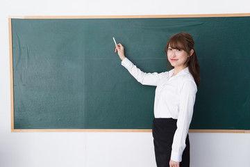女教師「シコってきた生徒は臭いで分かる」→→ ある男子生徒は・・・・・・・のサムネイル画像