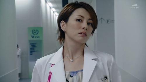 【超朗報】女医二人にチンコ見られてツンツン触られた結果wwwwwwwのサムネイル画像