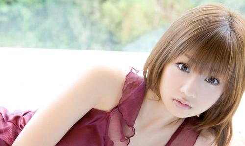 【超驚愕】小倉優子さん(33)の末路がエグイ.....悲惨過ぎる.....のサムネイル画像