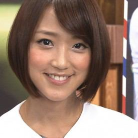 竹内由恵アナ、無防備なオッパイが映る放送事故wwwww(※gif画像)のサムネイル画像