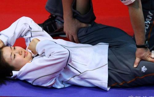 【画像】高校女子陸上部の専属マッサージ師になった結果wwwwwwwのサムネイル画像