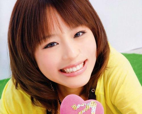 【悲報...】平野綾さん(28)、完全終了のお知らせ・・・もうアカン・・・のサムネイル画像
