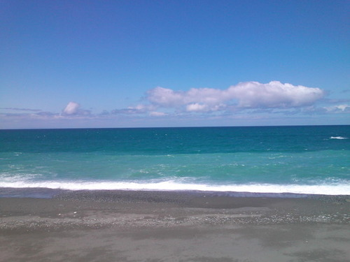 【画像】ロリロリJK「海なう~」→→→ 結果wwwwwwのサムネイル画像