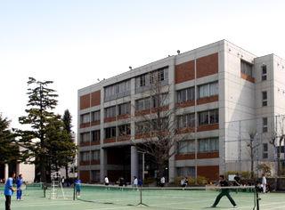 神奈川県私立関東学院高校、集団窃盗(万引き)ツイッターで暴露!偏差値60 警察も隠蔽か?のサムネイル画像