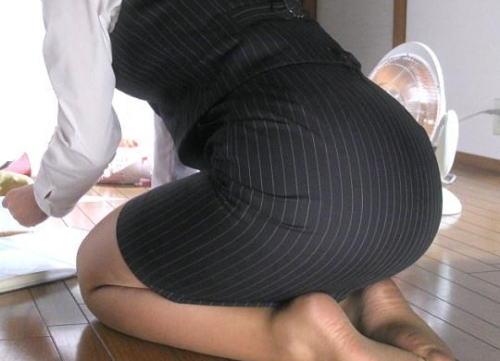 【衝撃】生保の営業女とHした結果wwwwとんでもない事にwwwwのサムネイル画像