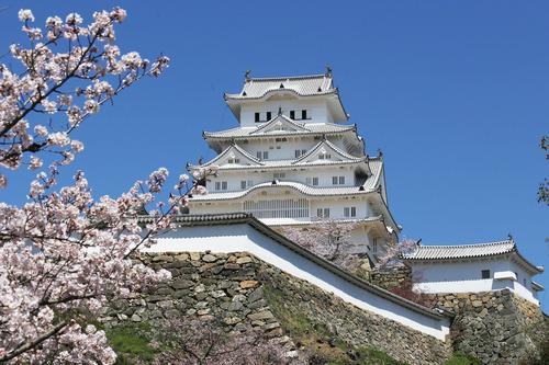 日本一の城は? アホ「姫路城」にわか「姫路城」ものしり「姫路城」玄人「姫路城」