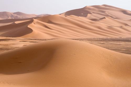 1200px-Libya_5230_Wan_Caza_Dunes_Luca_Galuzzi_2007