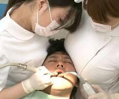 治療中にわいせつ 歯科医の男逮捕