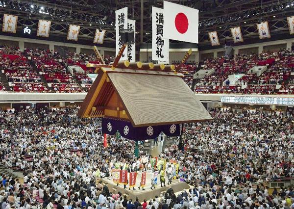 <大相撲・秋場所> 三賞は「該当者なし」........制度創設以来初!