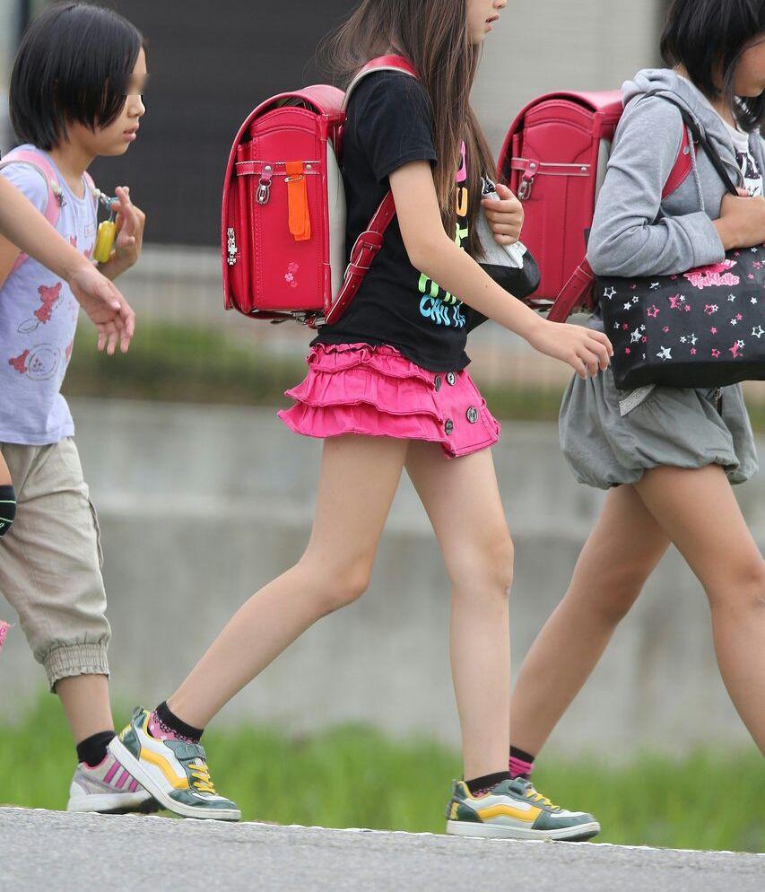 news2plus    最近の女子小学生のバッグの中身が凄い件 これがおしゃれJSかコメントコメントする                news2plus