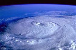 1404627204-hurricane-92968_1920-6837-1280x853-MM-100