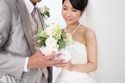 彼女「結婚式したい!」わい「えー…やめようよ」←この理由